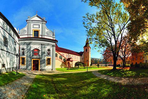 Třípodlažní vila Tugendhat - Brno